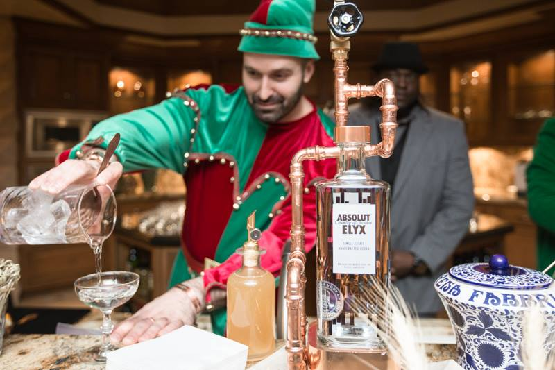 USBG-Holiday-Party-Absolut-Elf